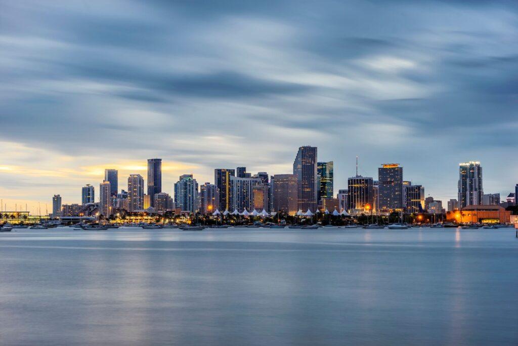 Miami-Dade County FL-Elite Metal Roofing Contractors of Miami Beach
